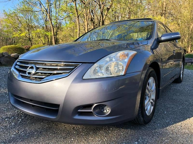 Nissan Altima 2010 price $2,995