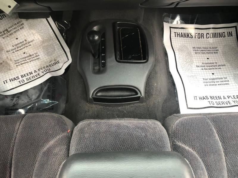 Dodge Dakota 2000 price $3,995
