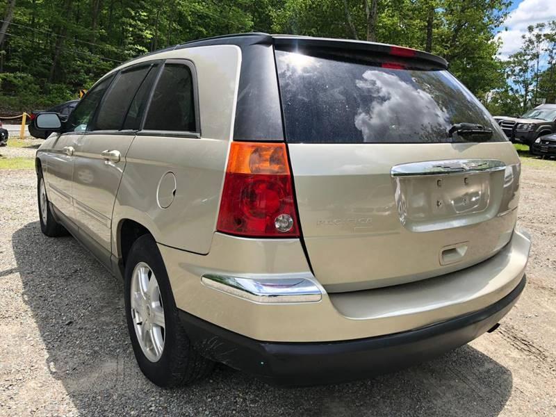 Chrysler Pacifica 2005 price $1,295