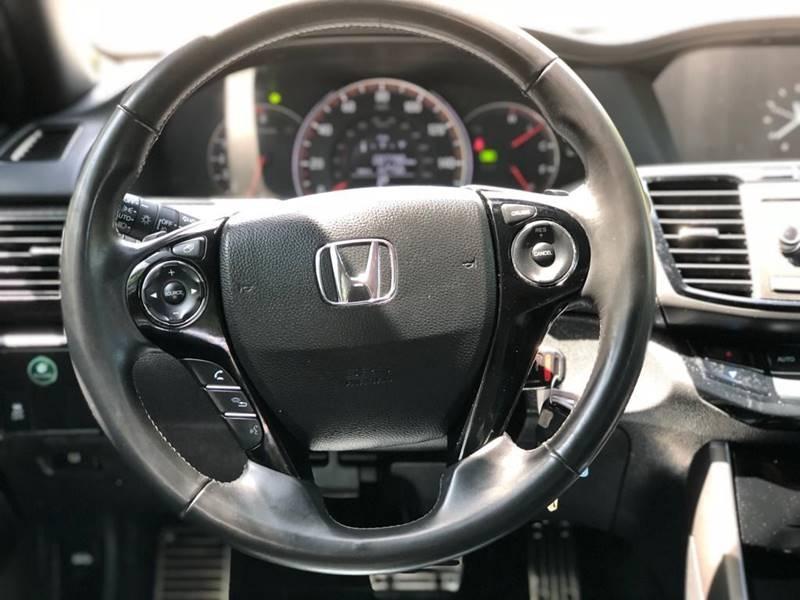 Honda Accord 2017 price $13,995