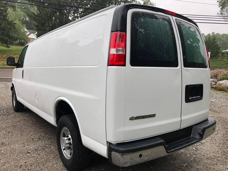 Chevrolet Express Cargo 2017 price $13,995