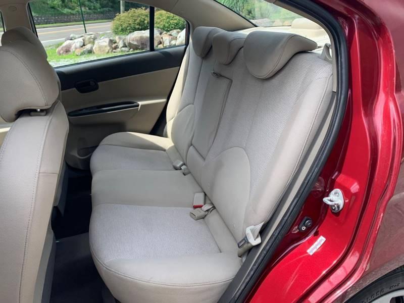 Hyundai Accent 2009 price $1,995