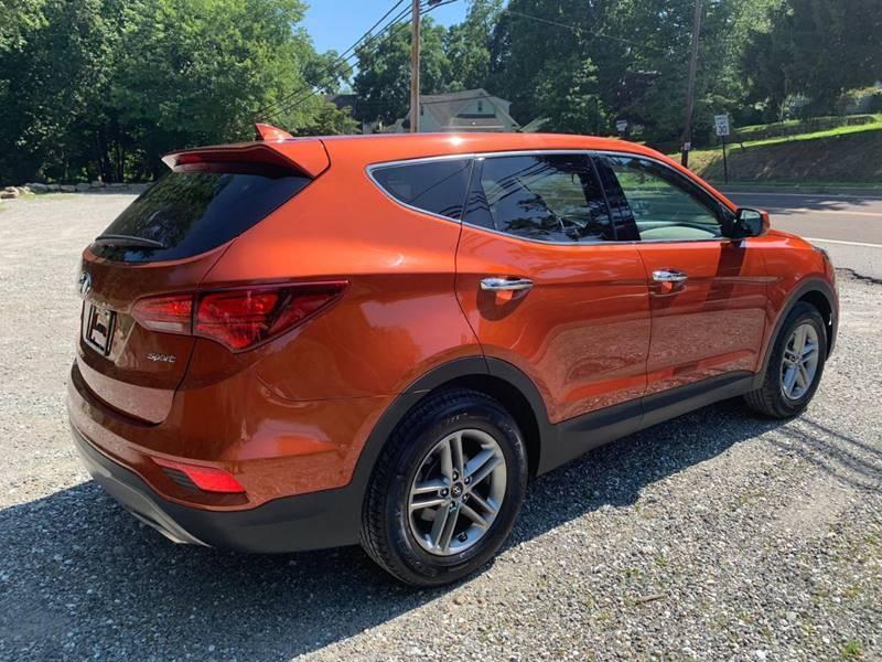 Hyundai Santa Fe Sport 2017 price $15,995