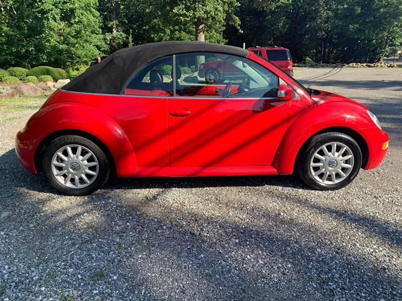 Volkswagen New Beetle 2004 price $3,995