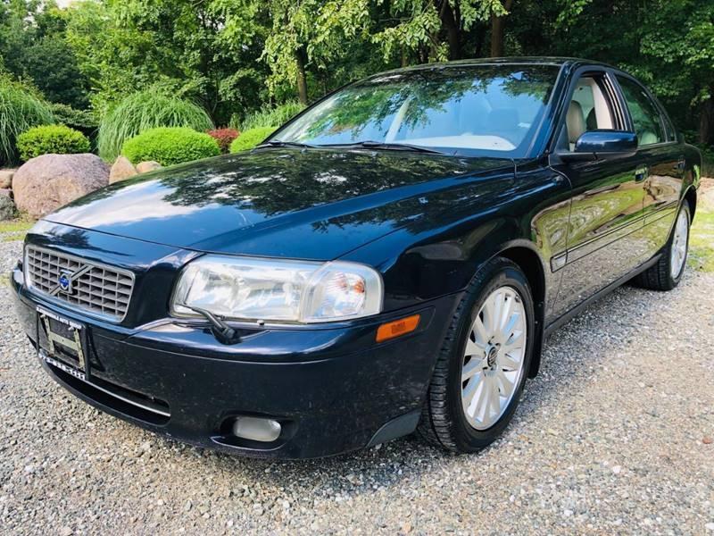 Volvo S80 2006 price $2,995