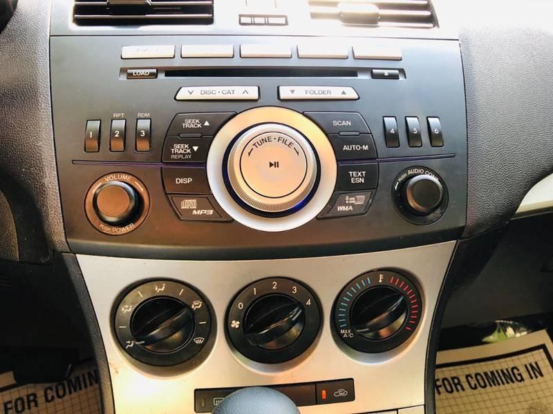 Mazda MAZDA3 2011 price $3,995