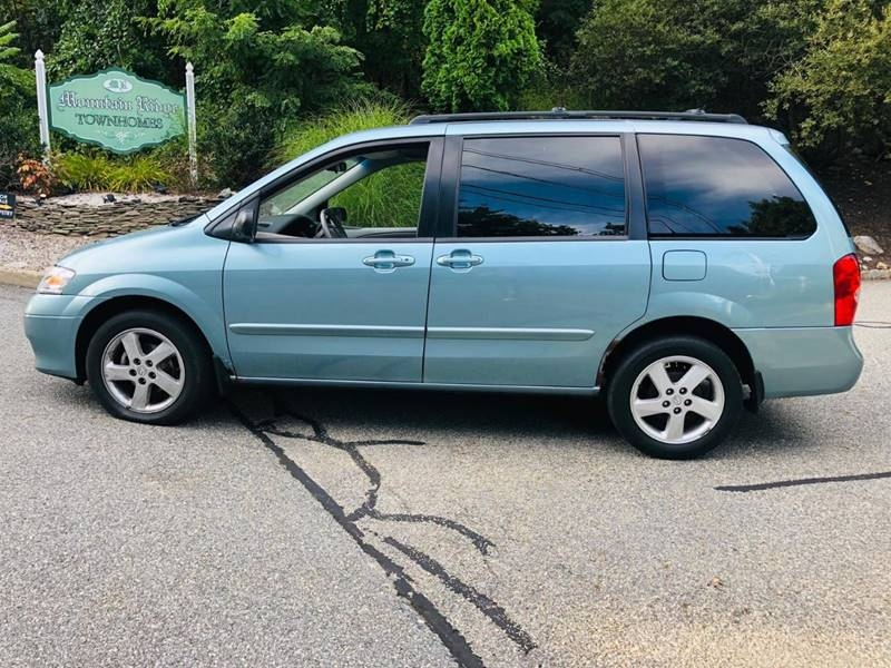 Mazda MPV 2003 price $2,495