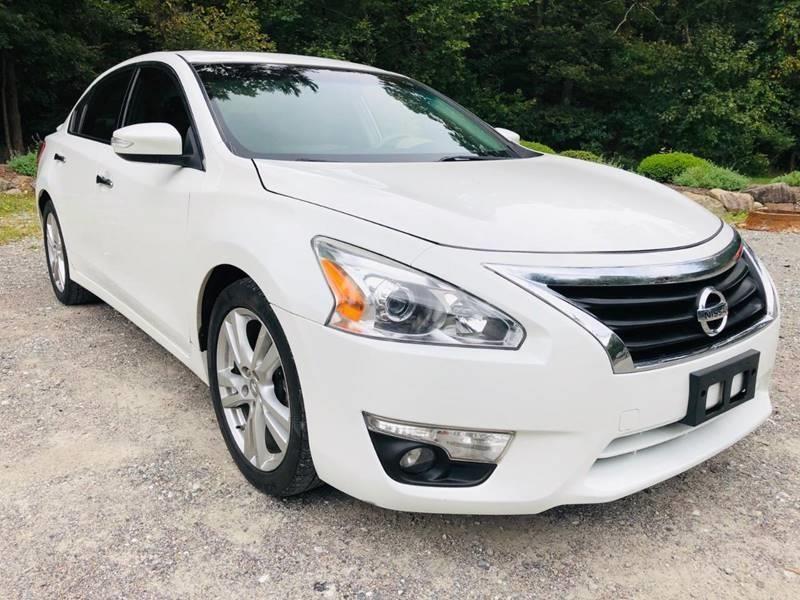Nissan Altima 2013 price $4,485
