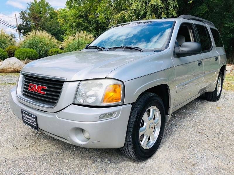 GMC Envoy XL 2005 price $2,995