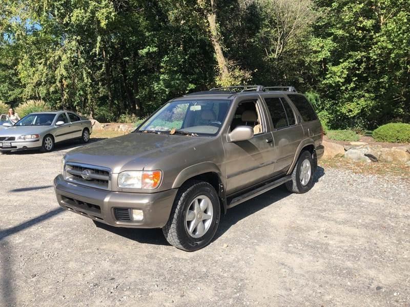 Nissan Pathfinder 2001 price $1,995