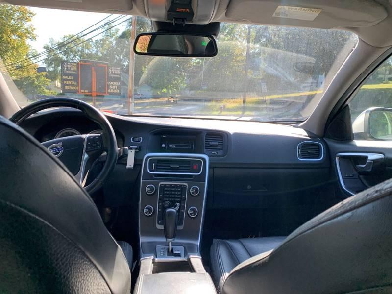 Volvo S60 2012 price $2,995