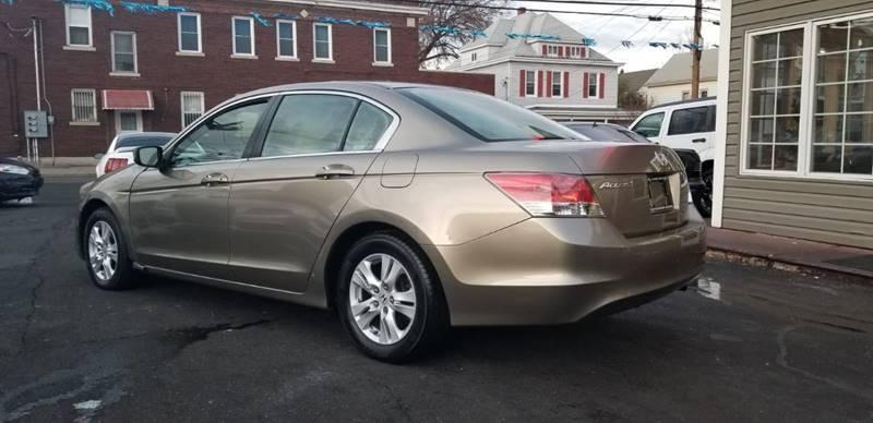 Honda Accord 2009 price $3,995