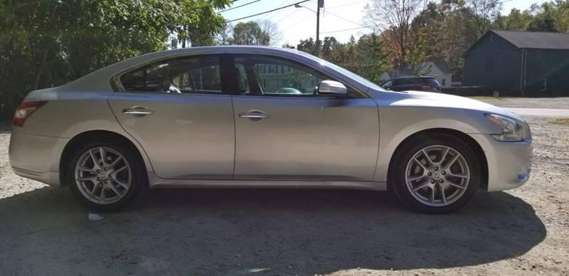 Nissan Maxima 2011 price $9,995