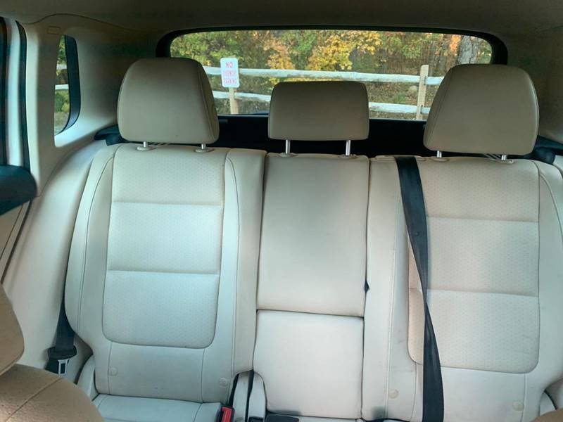 Volkswagen Tiguan 2012 price $4,995