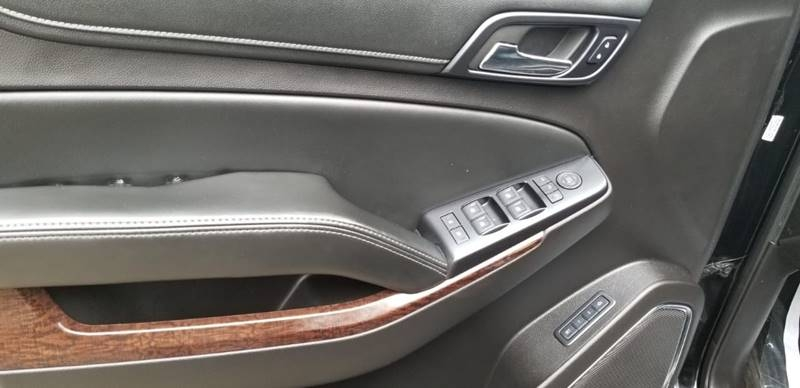 GMC Yukon XL 2015 price $24,995