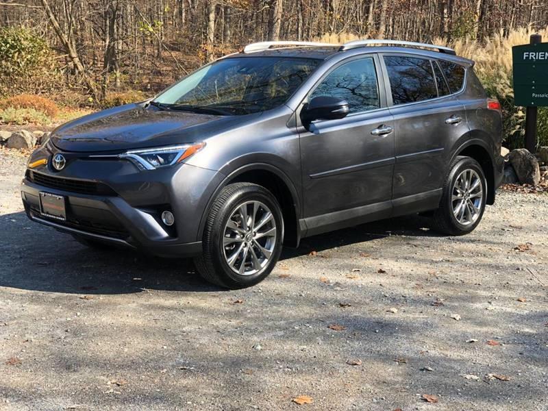 Toyota RAV4 2017 price $22,995