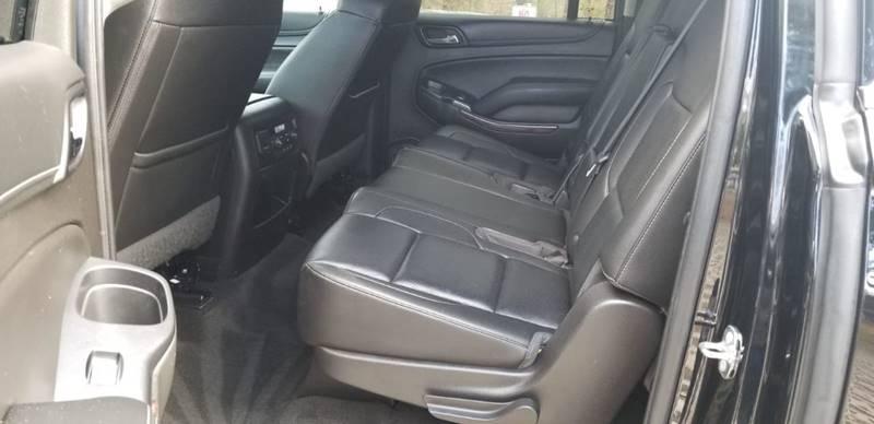 GMC Yukon XL 2017 price $32,995