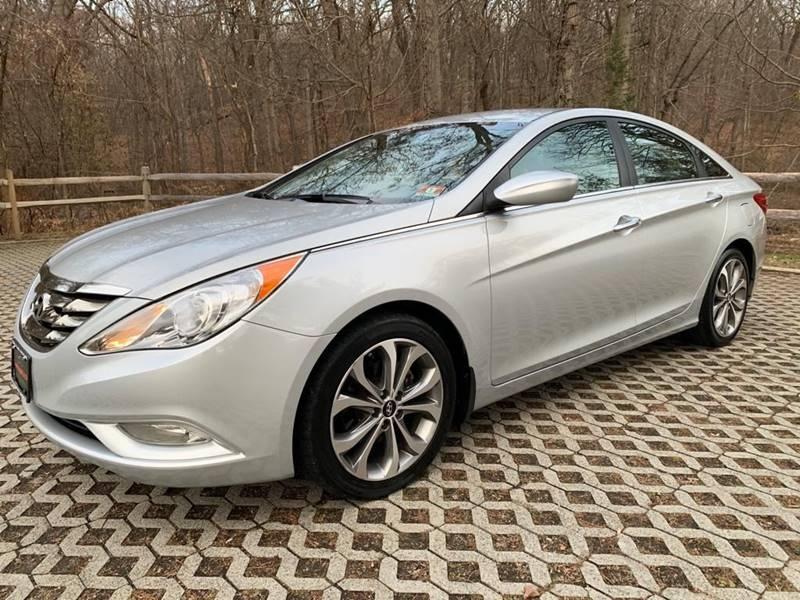 Hyundai Sonata 2013 price $8,995