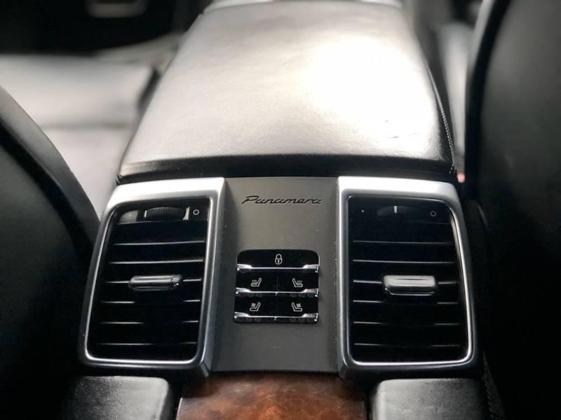 Porsche Panamera 2012 price $28,995