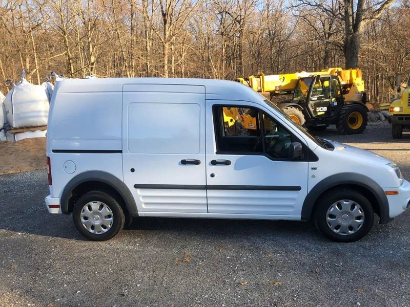 Ford Transit Connect 2011 price $4,995