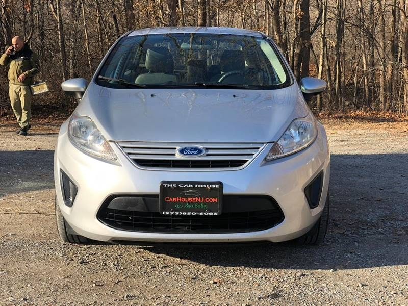 Ford Fiesta 2012 price $3,995