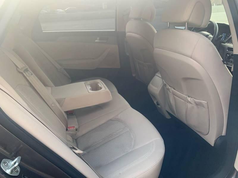 Hyundai Sonata 2015 price $7,995