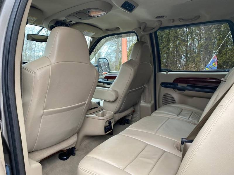 Ford Excursion 2005 price $9,995