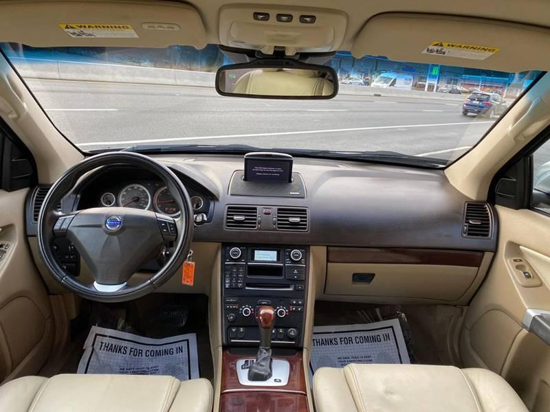 Volvo XC90 2013 price $13,995