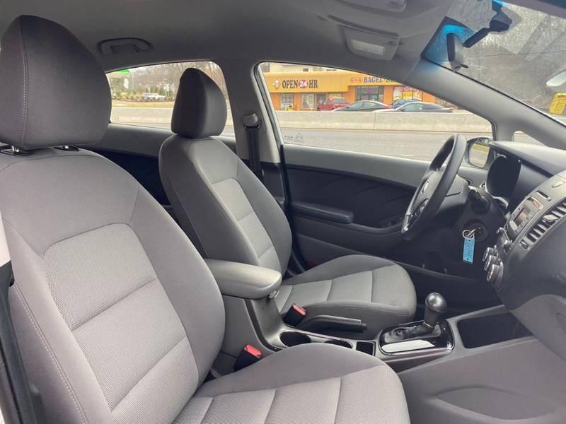 Kia Forte 2017 price $9,995