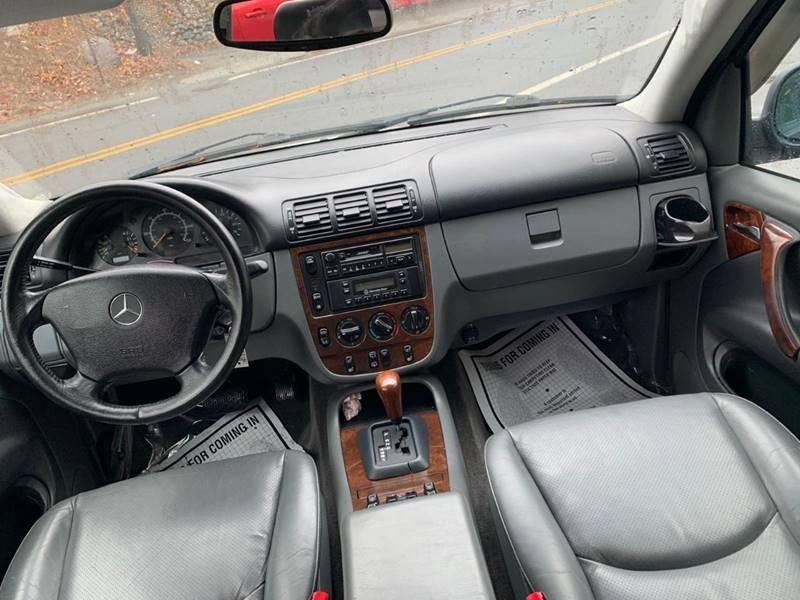 Mercedes-Benz M-Class 1999 price $1,995
