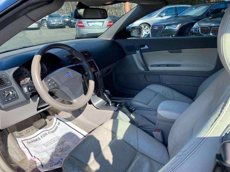 Volvo C70 2007 price $2,995