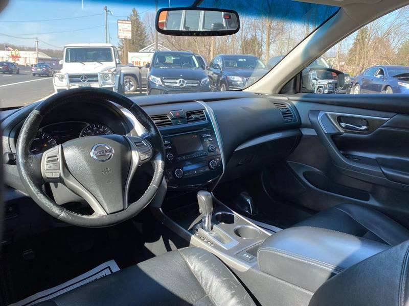 Nissan Altima 2013 price $3,995