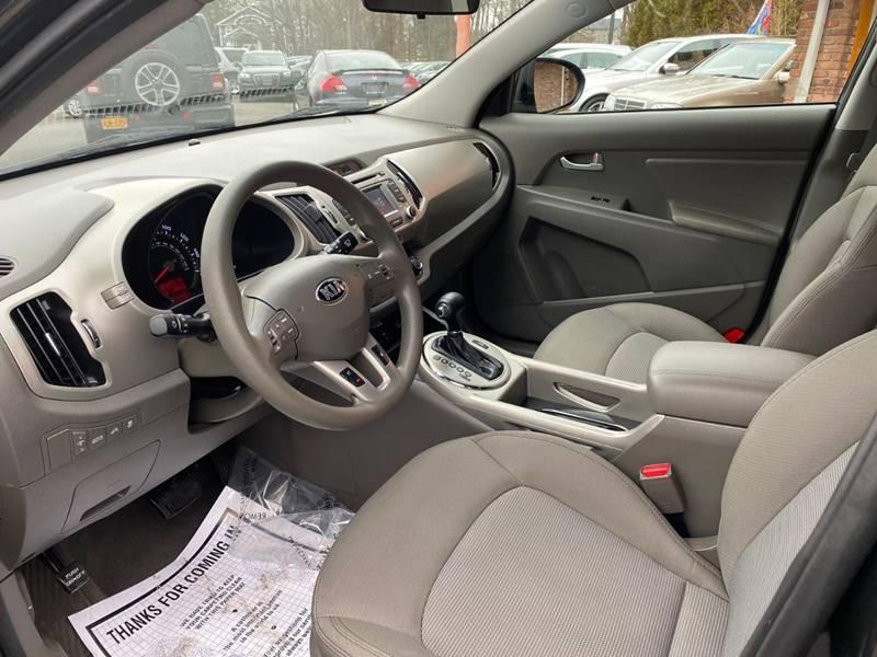 Kia Sportage 2015 price $13,995