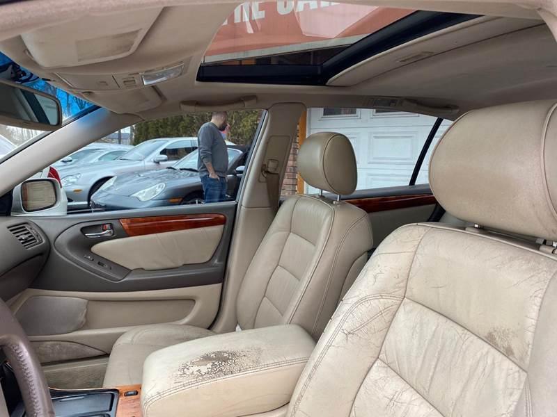 Lexus GS 400 1998 price $2,995