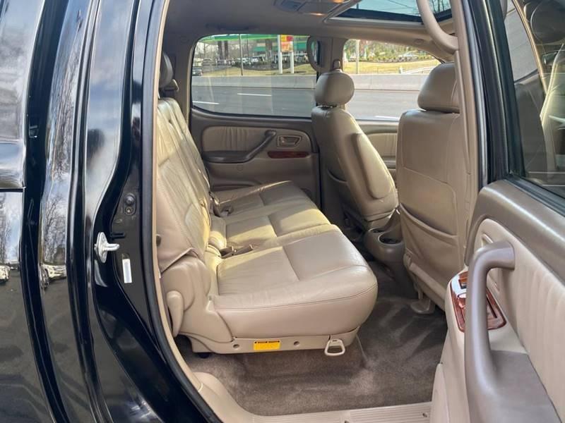 Toyota Tundra 2004 price $7,995
