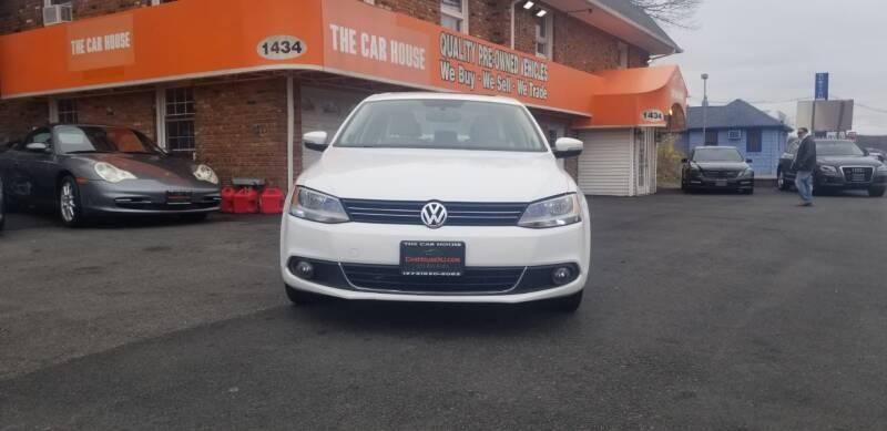 Volkswagen Jetta 2013 price $4,995