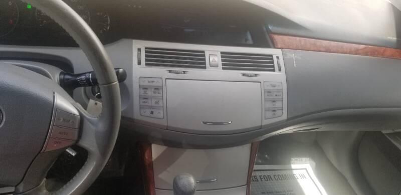 Toyota Avalon 2007 price $1,995