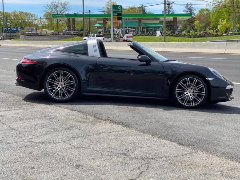 Porsche 911 2015 price $69,995