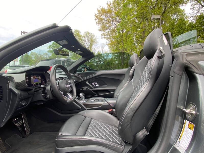 Audi R8 2017 price $119,995
