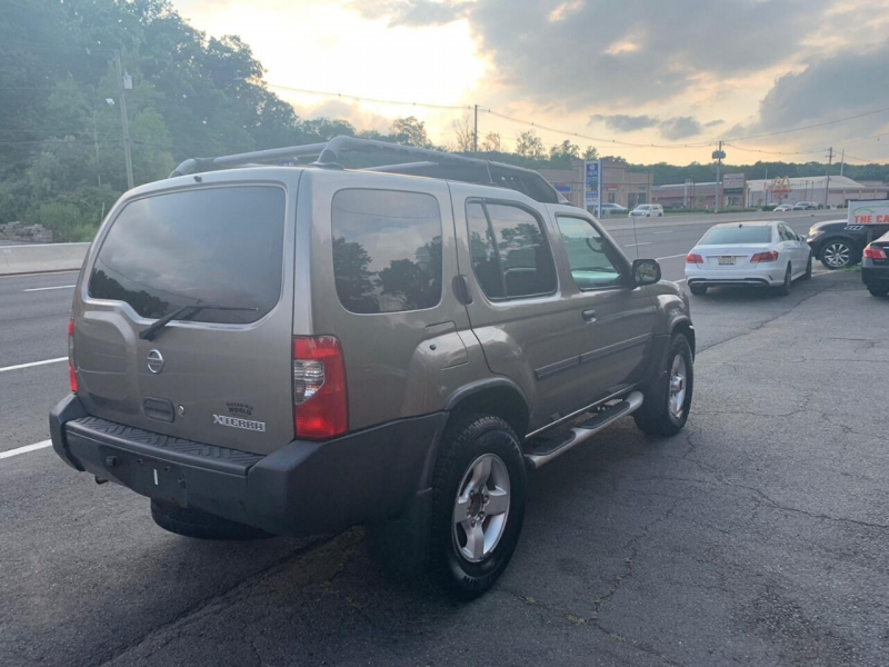 Nissan Xterra 2004 price $2,495