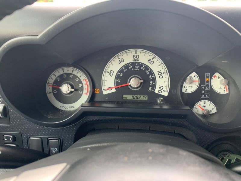 Toyota FJ Cruiser 2010 price $18,995