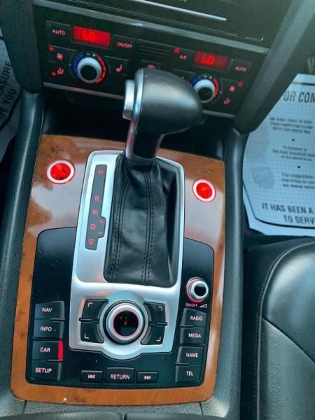 Audi Q7 2015 price $19,995