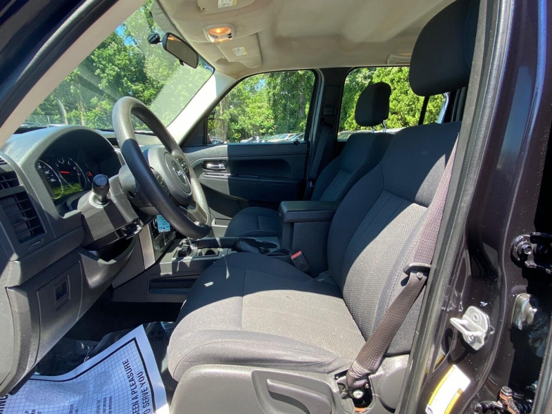 Jeep Liberty 2011 price $6,995