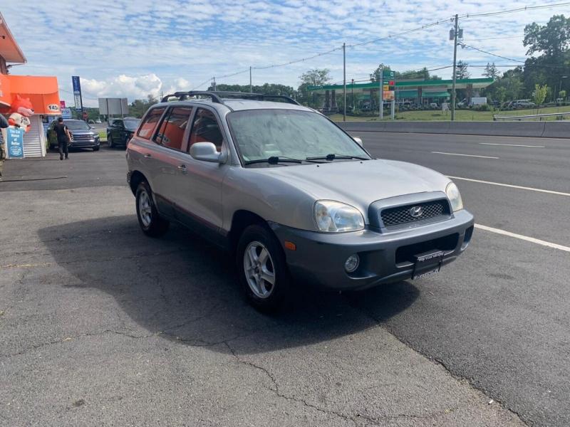 Hyundai Santa Fe 2004 price $2,995
