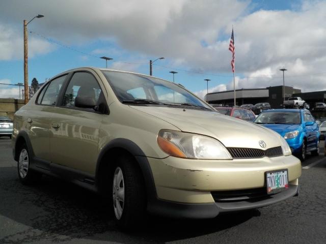 2001 Toyota Echo