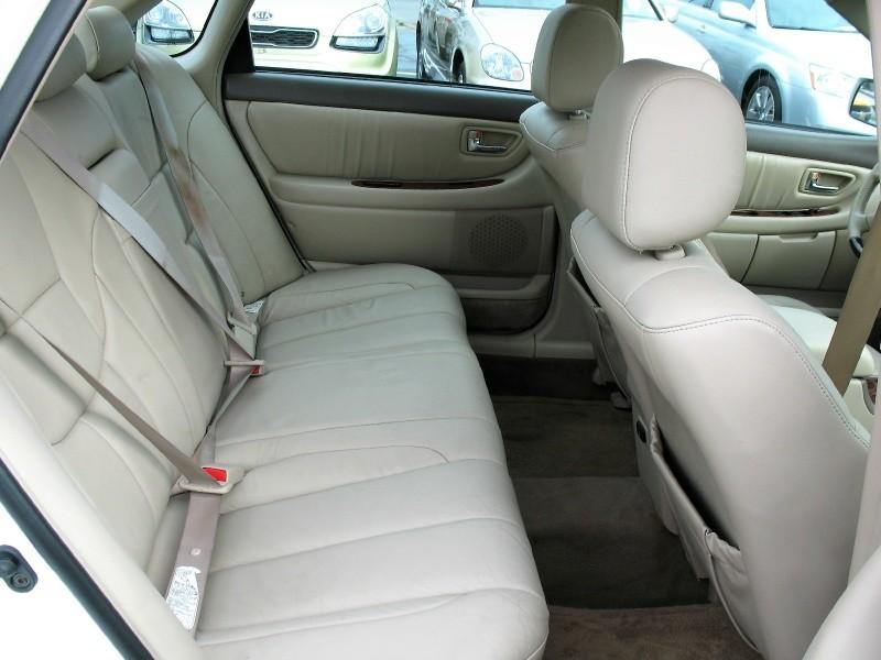 Toyota Avalon 2004 price $5,995