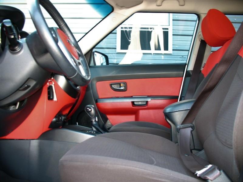 Kia Soul 2011 price $7,995