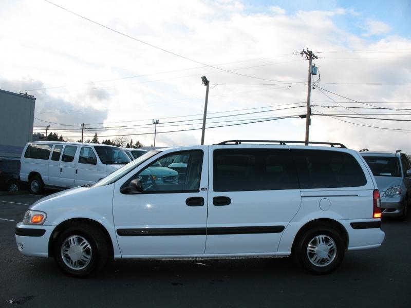 Chevrolet Venture 2004 price $6,495