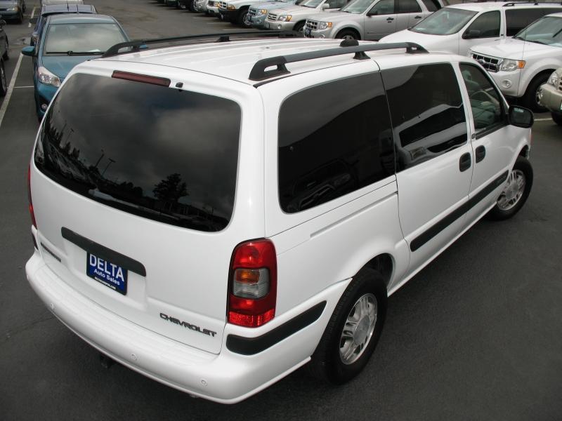 Chevrolet Venture 2004 price $6,995
