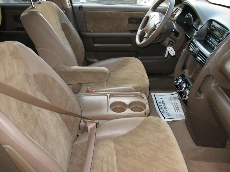 Honda CR-V 2002 price $7,495